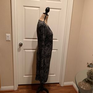 Dresses - Kenneth Cole black and white print dress